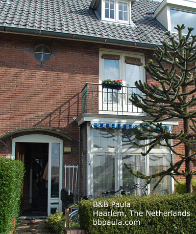 b b paula bed and breakfast in haarlem near amsterdam the netherlands holland. Black Bedroom Furniture Sets. Home Design Ideas